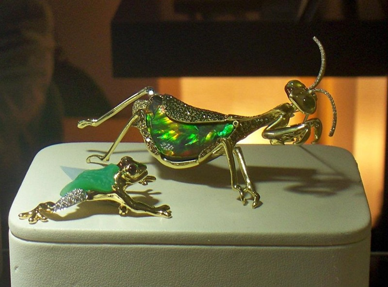 Opal becomes a Grasshopper and Chrysoprase a Frog at Mark Schneider