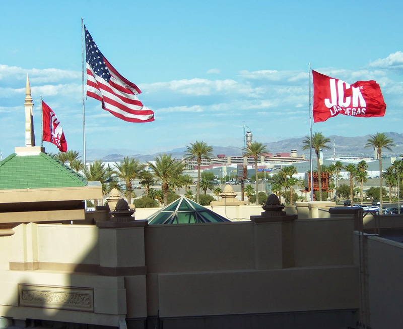 The JCK flag lying high over the Mandalay Bay Resort